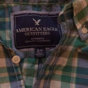 American Eagle Outfitters Shirts - AMERICAN EAGLE button down plaid shirt. Size S.